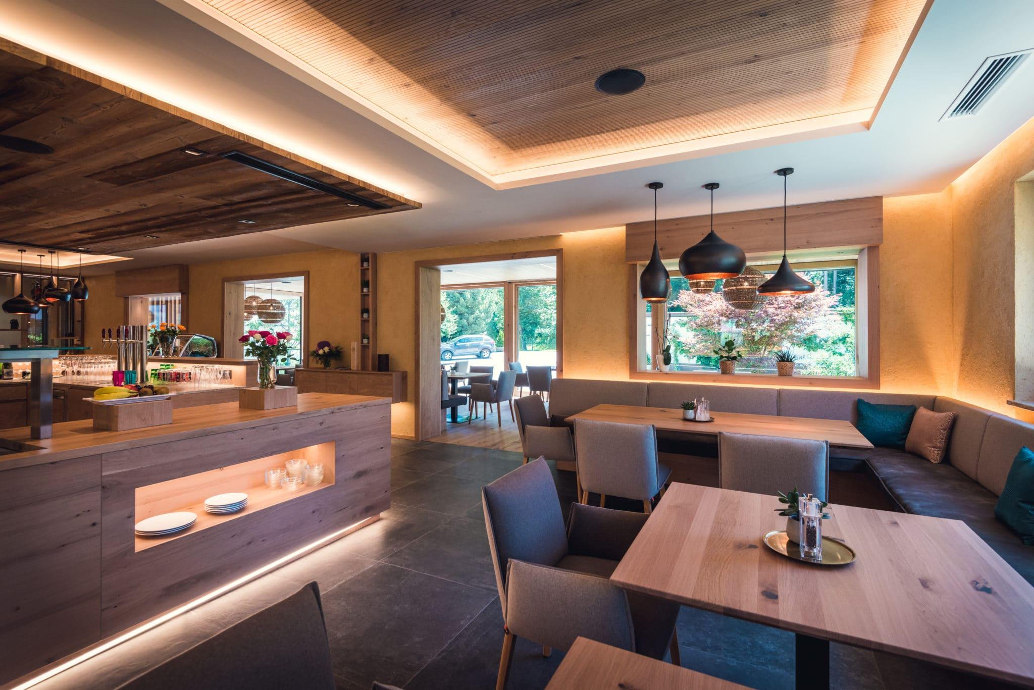 Copyright Das Martell Foto Daniel Sobietzki wintergarten lounge gastraum 18 scaled