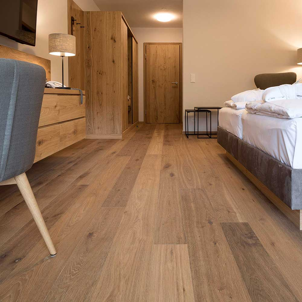 Eiche Lapis Hotel Edelweiss 17 1