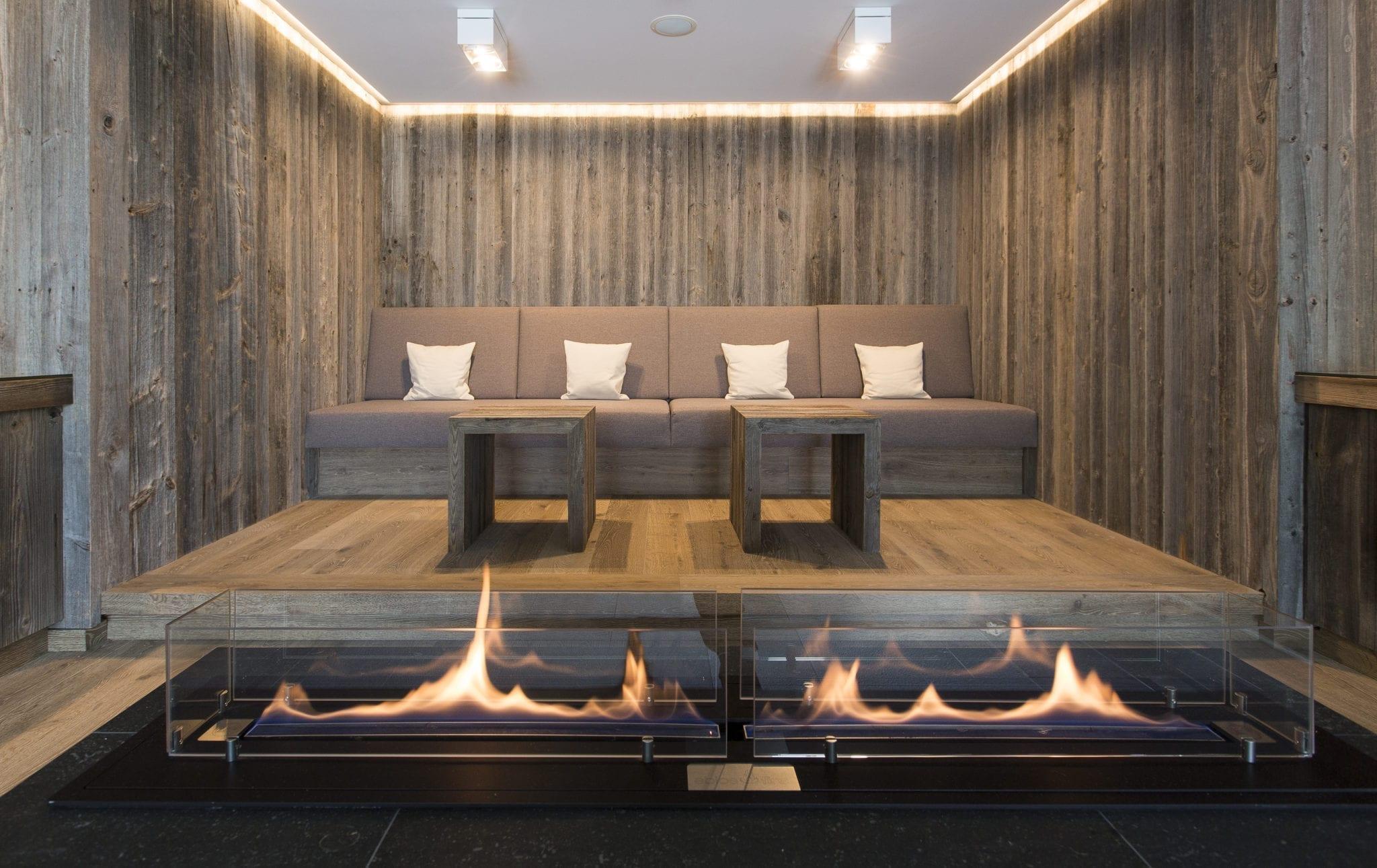 Hotel Graseck ELEMENTs Altholz sonnenverbrannt grau FLOORs Eiche Enas 19 4 scaled